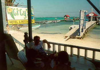 Lilys Hotel is a comfortable, family-run budget hotel, right on the beach and in the very heart of San Pedro, Ambergris Caye overlooking the Belize Barrier Reef